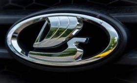 АвтоВАЗ приостановит производство до середины мая