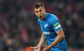 Футболист Дзюба прокомментировал отсутствие флага России набоях Хабиба
