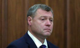Астраханский губернатор изолировался после контакта с заболевшим COVID-19