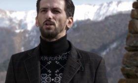 Юристы уточнили, почему певец Чельдиев попал в список экстремистов