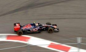Доходы «Формулы-1» упали в шесть раз из-за коронавируса