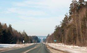 В Канаде 19-летний водитель разогнался до 300 километров в час