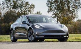 Соскучились по автомобилям-миллионникам? Tesla представит ближе к концу года