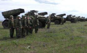 ДНР и ЛНР объявили боеготовность: «Хуже, чем при Порошенко»