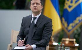 Эксперт об итогах первого года правления президента Украины: Зеленский устал