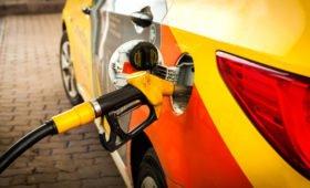 Во время самоизоляции продажи топлива в Москве упали на 20%