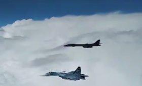Эксперт объяснил перехват стелс-бомбардировщиков США над Черным морем