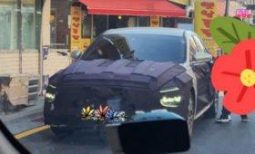 Сменивший имидж седан Hyundai Mistra сверкнул двухъярусной оптикой