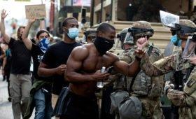 Эксперт оценил возможность расстрела армией демонстраций в США