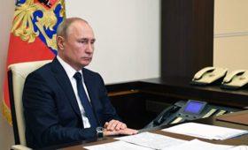 Путин поручил увеличить субсидии на закупку российской сельхозтехники