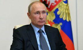 Путин продлил меры по урегулированию правового положения иностранцев