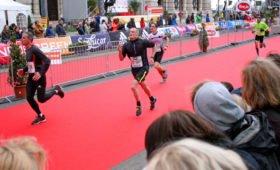 Бостонский марафон отменен впервые в истории