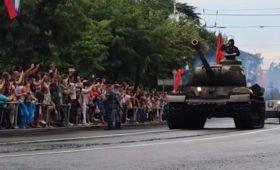 Военные прокомментировали сообщения о «чуть не въехавшем» в зрителей танке