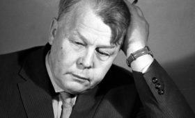 Фронтовой репортер и поэт: 110 лет назад родился Александр Твардовский