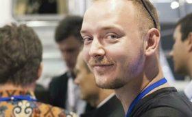 Песков: задержание советника Рогозина не связано с журналистикой
