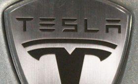 Больше никеля: Маск пожаловался на нехватку ключевого компонента