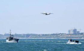 В Сети жестко пошутили над парадом ВМС Украины в Одессе: «А где флот-то?»