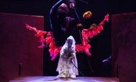 Летний калейдоскоп: спектакли новых театров на «Больших гастролях-онлайн»