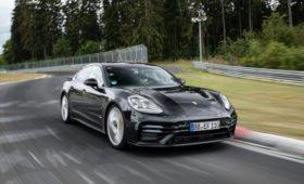 Обновлённая Porsche Panamera побила рекорд Мерседеса на Нюрбургринге