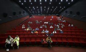 Более миллиона россиян посетили кинотеатр в эти выходные