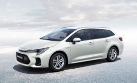 Универсал Suzuki Swace: вторая «заимствованная» у Тойоты модель (донором стала Corolla)