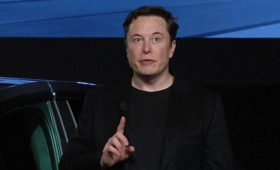 Политика игнора: Tesla упразднила PR-отдел и больше не хочет ничего объяснять