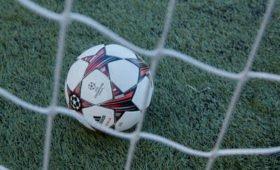«Ливерпуль» сенсационно проиграл «Астон Вилле»